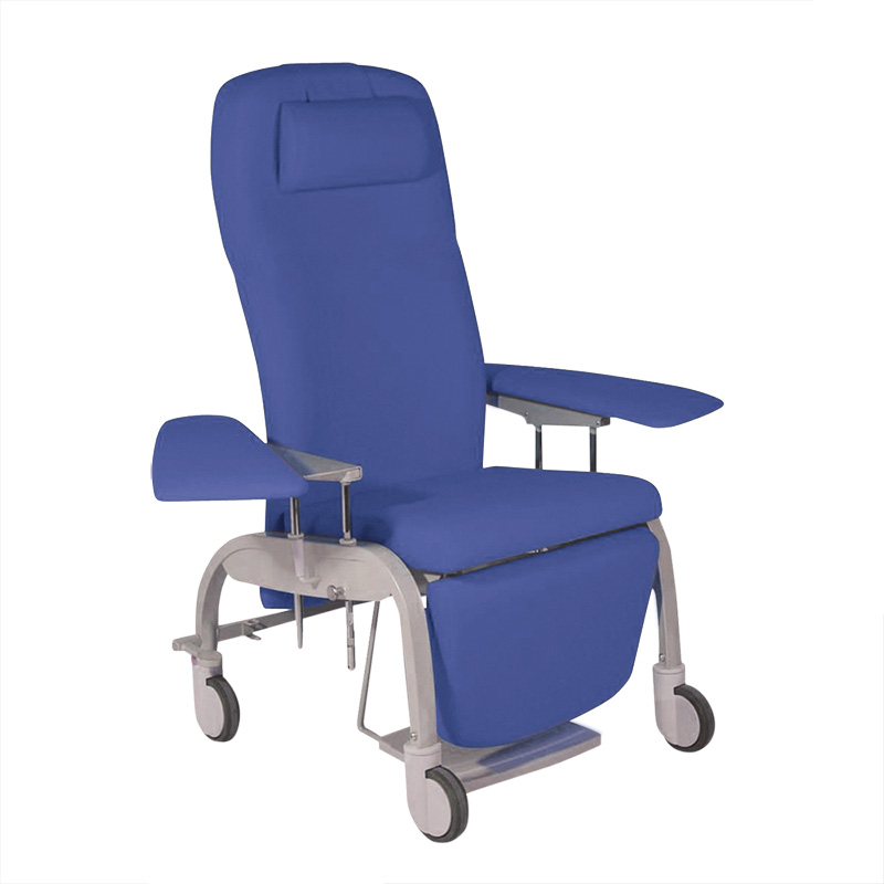 BE1030 Tucson reclining relax chair, mobile, with swing-out wide arms for cannulation